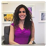 Dr. Lindsay Israel