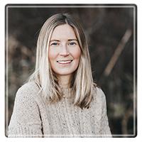 Julie MacNaughton, MA, RCC